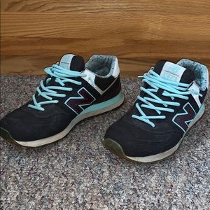 New Balance 574 Classic Men's Size 9.5 Pre-Owned